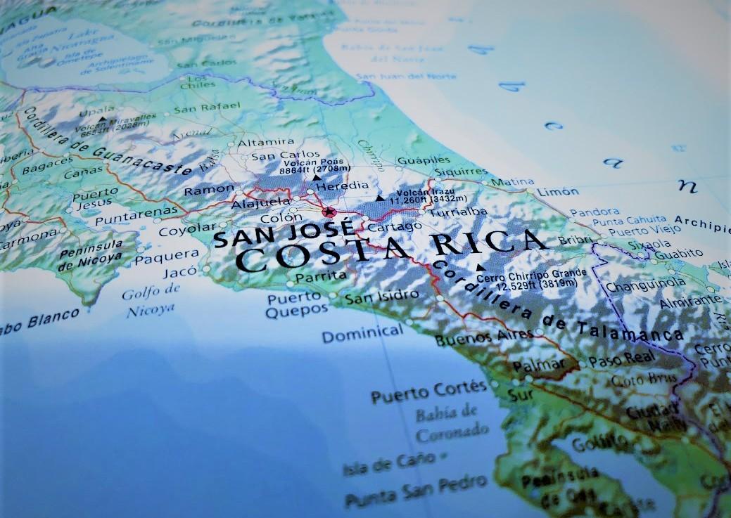 Pura Vida – Volcano Hiking in La Fortuna, CostaRica